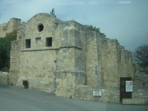 μεσαιωνικο καστρο κολοσσιου (10)