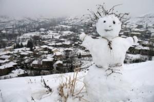 Τσουχτερό κρύο, παγετός και χαμηλές θερμοκρασίες