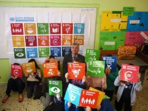 Επίσκεψη στο σχολείο του Δ.Φατούρου, υπεύθυνου επικοινωνίας του Περιφερειακού Κέντρου Πληροφόρησης του ΟΗΕ