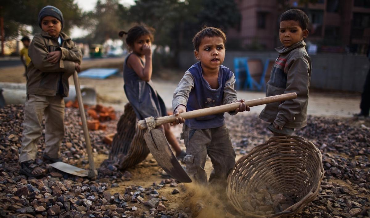Παιδική εργασία όταν η παιδικότητα παραβιάζεται