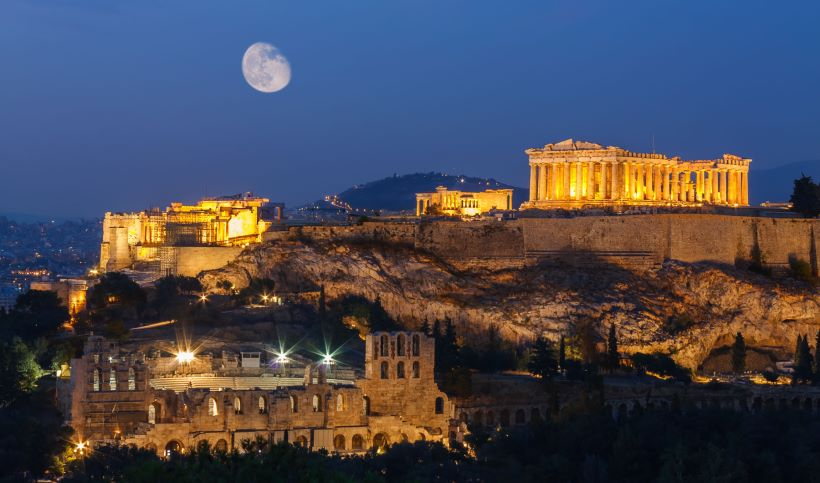 acropolis-and-the-parthenon-at-night