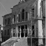 Το Δικαστικό Μέγαρο της Λαμίας βομβαρδισμένο από τις Γερμανικές δυνάμεις τον Απρίλιο του 1941.