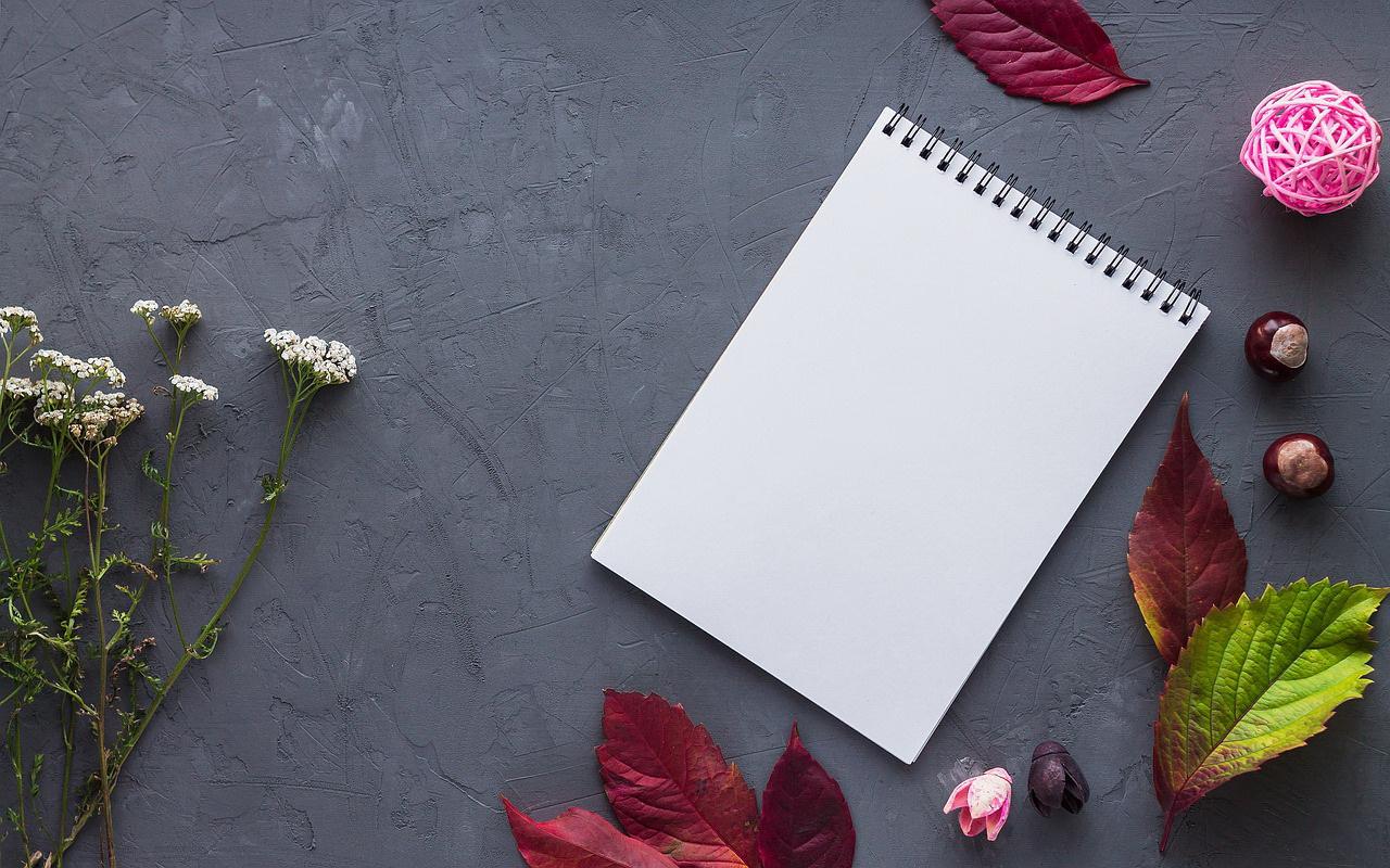 notebook-2984108_1280