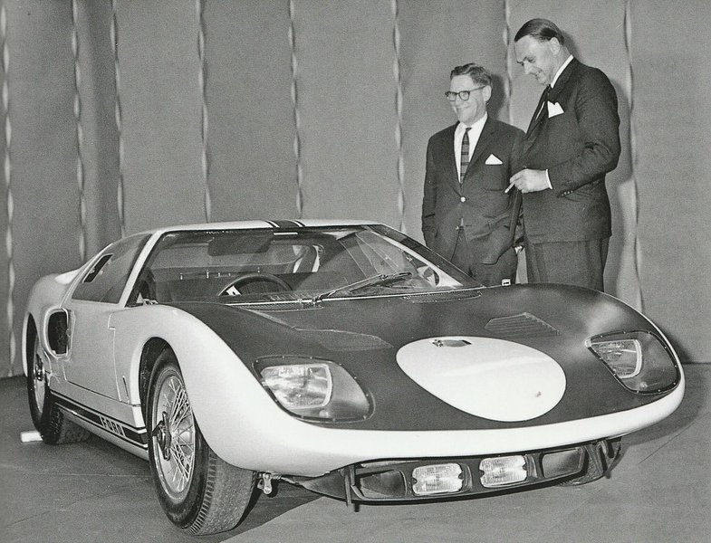 ford-gt40-1964_77761_372680_type15016