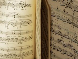 music-4641330__340