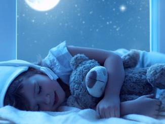 child-sleeps2-660
